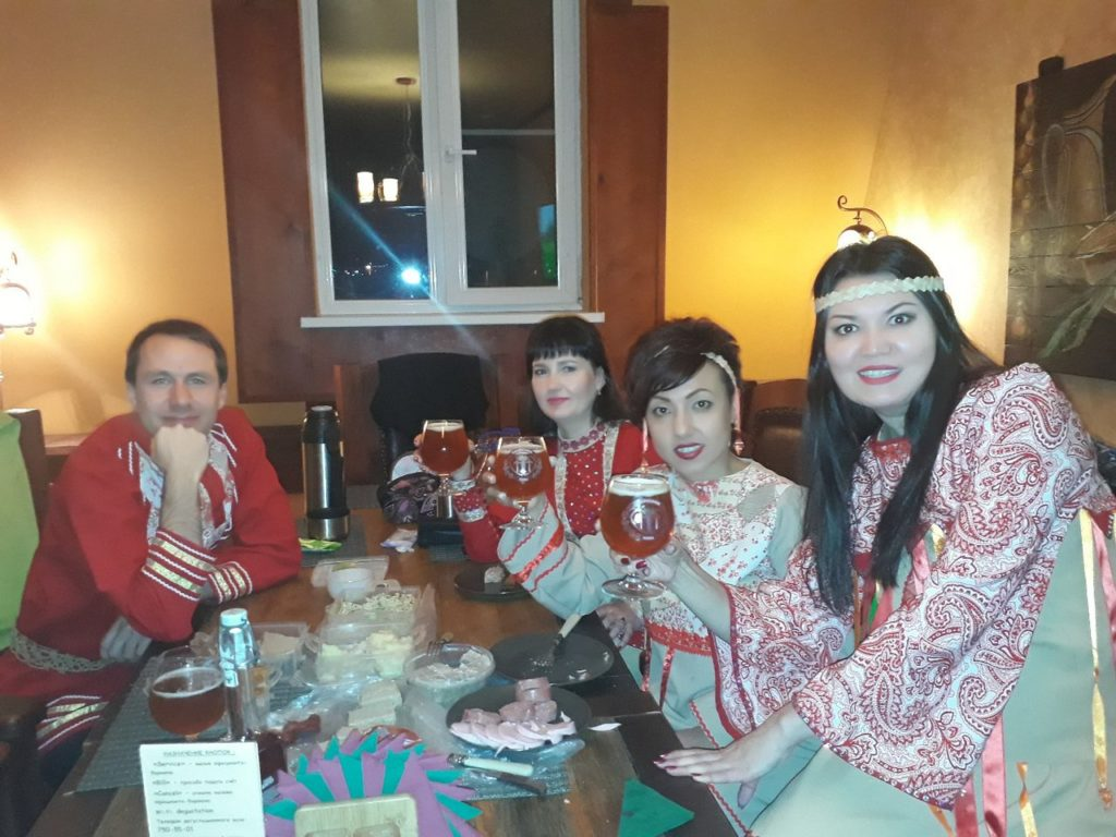 ансамбль Дубрава в клубе Лаборатория живого пива