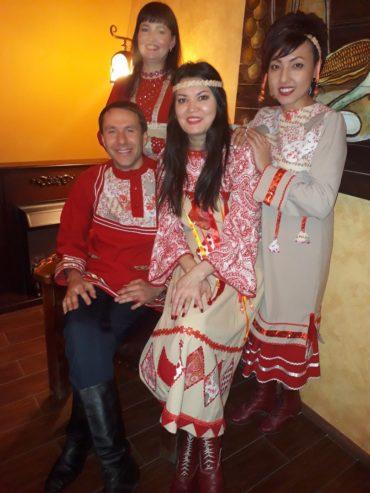 Сольный концерт Челябинск ансамбля Дубрава в клубе Лаборатория живого пива