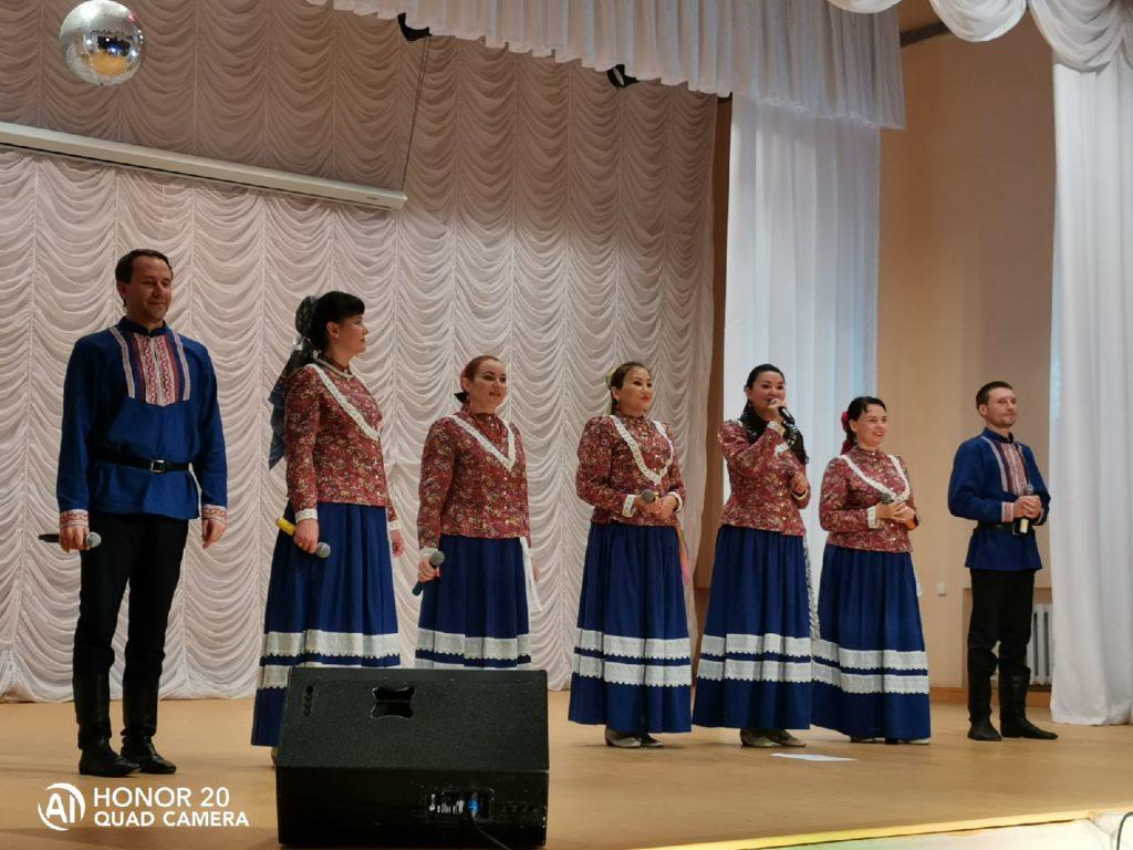 Сольный концерт народного ансамбля Дубрава